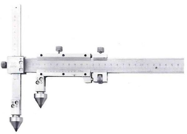 Штангенциркуль спец. ШЦСЦ-2 20-150-0.02 губ.175 для изм. расст. м/у центрами отверстий с конич. изм. вставками и подвижной изм. губ. (Поверка)